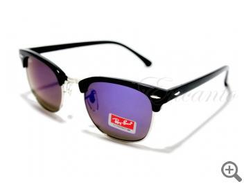 Солнцезащитные очки Ray-Ban 3016 C4 с футляром 101875