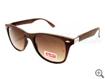 Солнцезащитные очки Ray-Ban 4195 C9 102560 фото
