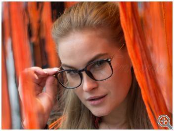 Компьютерные очки Blue Blocker TR5008-C1 на женщине фото