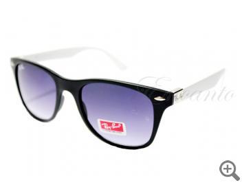 Солнцезащитные очки Ray-Ban 4195 С7 с футляром 101872